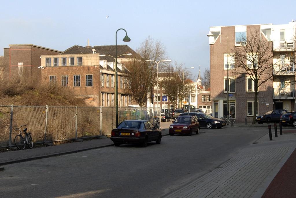 Januari 2010: ongeveer vanaf hetzelfde standpunt op de Verlorenkost met zicht op het Nonnenwater, helemaal op de achtergrond is de Vrouwetoren aan de Nieuwehaven zichtbaar.