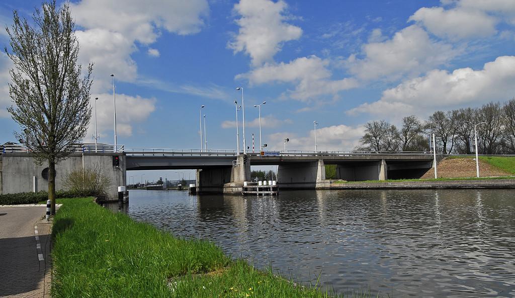 kreeg een brug naar zich vernoemd