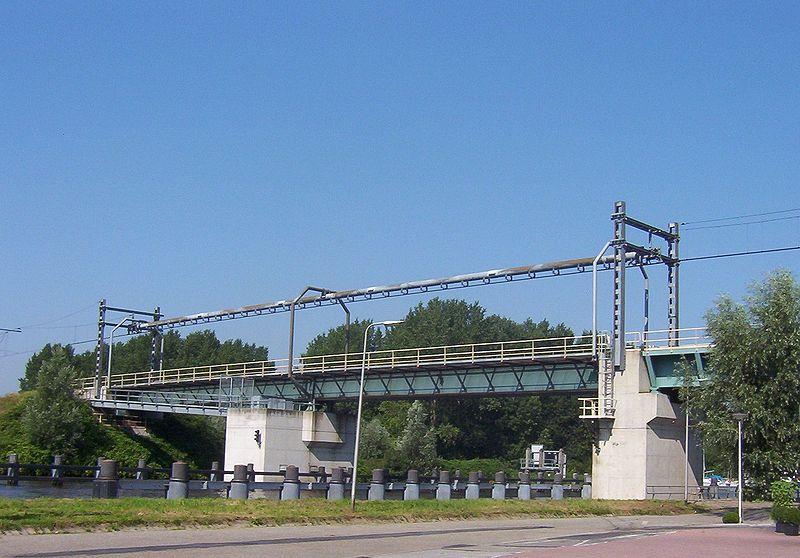 spoorbrug9
