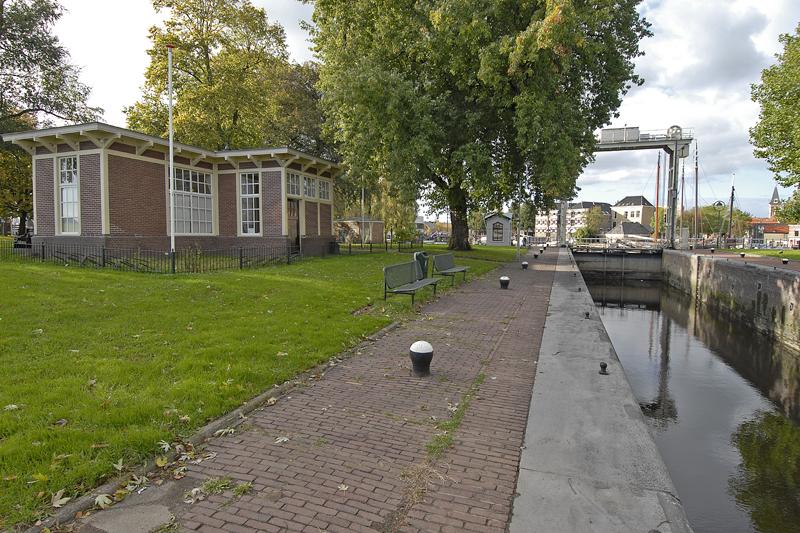 Mallegatsluis anno 2012 gezien in de richting van de haven.