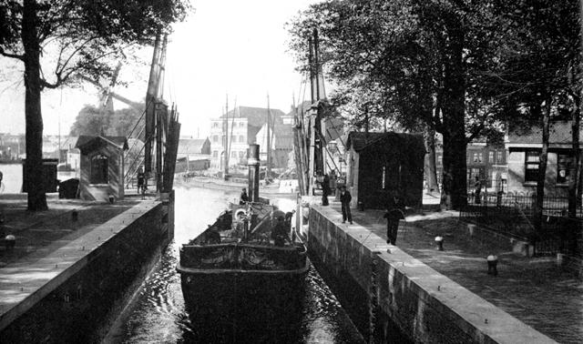 Mallegatsluis rond 1900